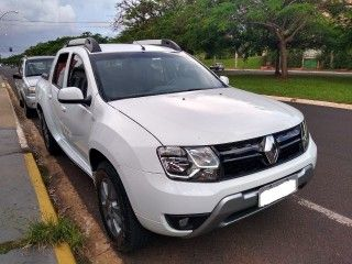 Duster Oroch 2.0 16V FLEX DYNAMIQUE 4P MANUAL