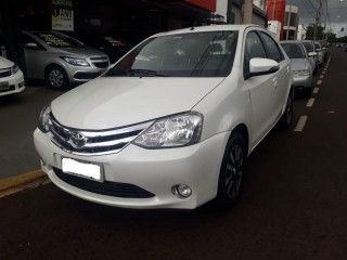Etios 1.5 PLATINUM SEDAN 16V FLEX 4P MANUAL