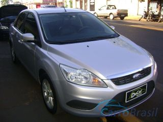 Decar Ve�culos | Focus Sedan 2.0 GLX  09/09 - foto 01