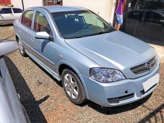Veículo: Chevrolet (GM) - Astra Sedan - 2.0 Advantage em Sertãozinho