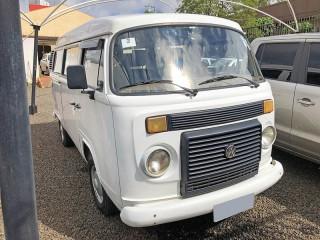 Veículo: Volkswagen - Kombi - 1.6 Passageiro em Sertãozinho