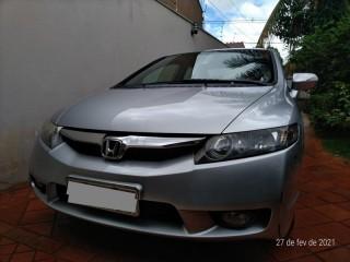 Veículo: Honda - Civic - LXL 1.8 Completo 4P.  em Ribeirão Preto