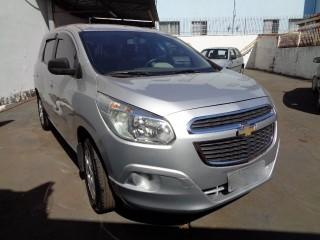 Veículo: Chevrolet (GM) - Spin - 1.8 LT 4P em Ribeirão Preto