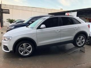Veículo: Audi - Q3 - 1.4 TFSI AMBITION GASOLINA 4P S TRONIC em Ribeirão Preto