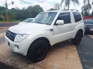 Veículo: Mitsubishi - Pajero - Full HPE 3.2 em Ribeirão Preto