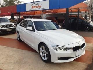 Veículo: BMW - 320i - Active 2.0 em Ribeirão Preto