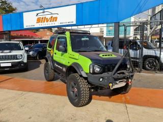Veículo: Suzuki - Jimny - 4Sport 1.3 em Ribeirão Preto