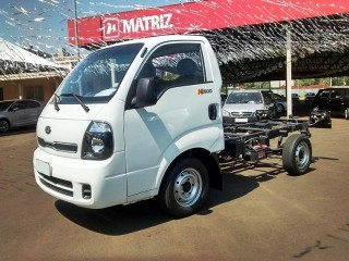 Bongo 2.5 K-2500 4X2 CS TURBO DIESEL 2P MANUAL