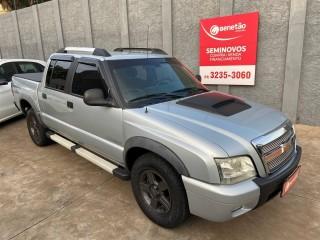 Veículo: Chevrolet (GM) - S-10 - 2.8 TORNADO 4X4 CD 12V TURBO ELECTRONIC INTERCOOLER DIESEL 4P MANUAL em Ribeirão Preto