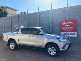 Veículo: Toyota - Hilux - 2.7 SRV 4X4 CD 16V FLEX 4P AUTOMÁTICO em Ribeirão Preto