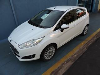 Veículo: Ford - Fiesta Hatch - NEW FIESTA HATCH TITANIUM 1.6 AUTOMATICO FLEX em Ribeirão Preto
