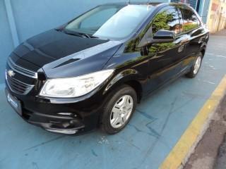 Veículo: Chevrolet (GM) - Prisma - LT 1.0 em Ribeirão Preto