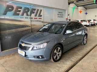 Veículo: Chevrolet (GM) - Cruze - Sedan 1.8 LT 16V FLEX 4P AUTOMÁTICO em Ribeirão Preto