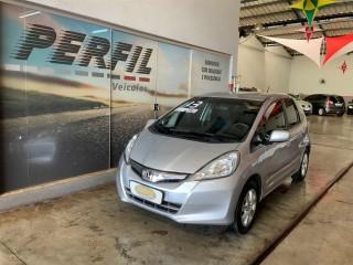 Veículo: Honda - Fit - 1.4 LX 16V FLEX 4P MANUAL em Ribeirão Preto