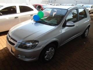 Veículo: Chevrolet (GM) - Celta - LT em Sertãozinho