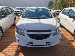 Veículo: Chevrolet (GM) - Onix - 1.0 JOY em Sertãozinho
