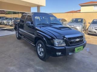 Veículo: Chevrolet (GM) - S-10 - 2.4 MPFI EXECUTIVE 4X2 CD 8V FLEX 4P MANUAL em Ribeirão Preto