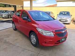 Veículo: Chevrolet (GM) - Onix - 1.0 MPFI LS 8V FLEX 4P MANUAL em Ribeirão Preto