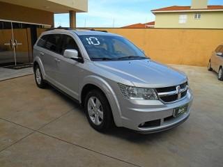 Veículo: Dodge - Journey - 2.7 SXT V6 GASOLINA 4P AUTOMÁTICO em Ribeirão Preto