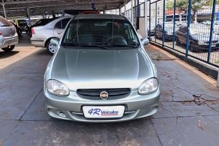 Veículo: Chevrolet (GM) - Corsa Sedan - 1.0 MPFI CLASSIC SEDAN LIFE 8V em Ribeirão Preto