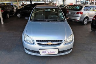 Veículo: Chevrolet (GM) - Corsa Sedan - 1.0 MPFI LS 8V em Ribeirão Preto