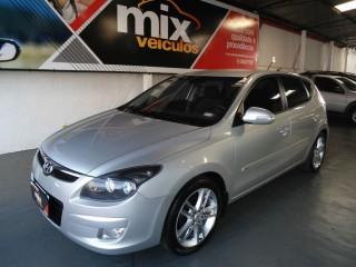 Veículo: Hyundai - I 30 - GLS 2.0 Automatico em Ribeirão Preto