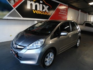 Veículo: Honda - Fit - 1.4 LX 4p em Ribeirão Preto