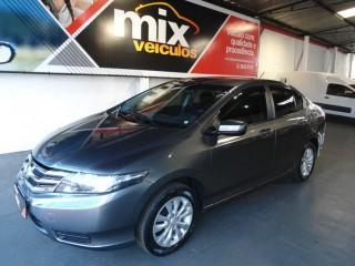 Veículo: Honda - City - LX 1.5 4p em Ribeirão Preto