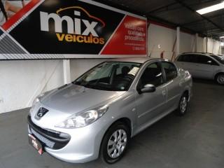 Veículo: Peugeot - 207 - Passion XR 1.4 8v em Ribeirão Preto