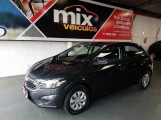 Veículo: Chevrolet (GM) - Onix - 1.0 MPFI LT 8V FLEX 4P MANUAL em Ribeirão Preto