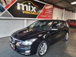 Veículo: Hyundai - I 30 - 2.0 MPFI GLS 16V GASOLINA 4P MANUAL em Ribeirão Preto