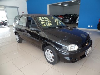 Veículo: Chevrolet (GM) - Corsa Sedan - 1.0 em Ribeirão Preto