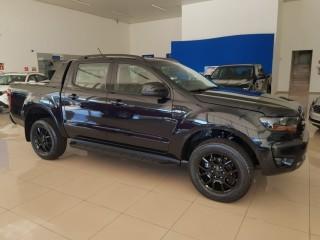 Veículo: Ford - Ranger - 2.2 BLACK 4X2 AUT em Ribeirão Preto