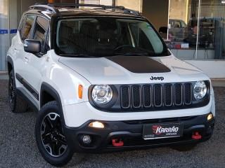 Veículo: Jeep - Renegade -  em Bebedouro