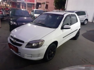 Veículo: Chevrolet (GM) - Celta - LT 1.0 em Ribeirão Preto