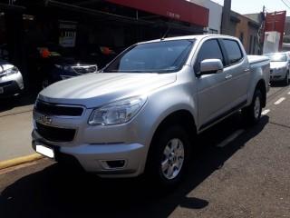 Veículo: Chevrolet (GM) - S-10 - 2.5 LT 4X2 CD 16V FLEX 4P MANUAL em Ribeirão Preto