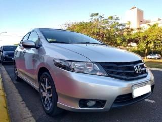 Veículo: Honda - City - 1.5 SPORT 16V FLEX 4P MANUAL em Ribeirão Preto
