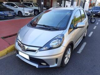 Veículo: Honda - Fit - 1.5 TWIST 16V FLEX 4P MANUAL em Ribeirão Preto