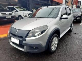 Veículo: Renault - Sandero - 1.6 STEPWAY 8V FLEX 4P MANUAL em Ribeirão Preto