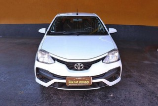 Veículo: Toyota - Etios Sedan - 1.5 X 16V em Ribeirão Preto