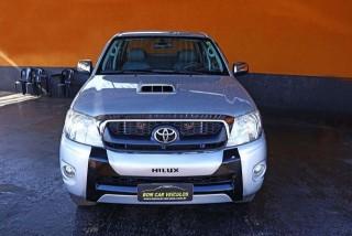 Veículo: Toyota - Hilux - 3.0 SRV 4X4 CD 16V TURBO INTERCOOLER em Ribeirão Preto