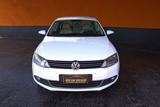 Veículo: Volkswagen - Jetta - 2.0 TSI HIGHLINE 200CV em Ribeirão Preto
