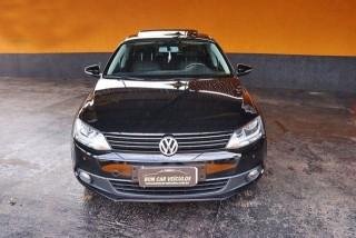 Veículo: Volkswagen - Jetta - 2.0 COMFORTLINE em Ribeirão Preto
