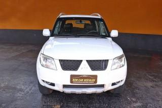 Veículo: Mitsubishi - Pajero - 2.0 4X4 16V 140CV em Ribeirão Preto