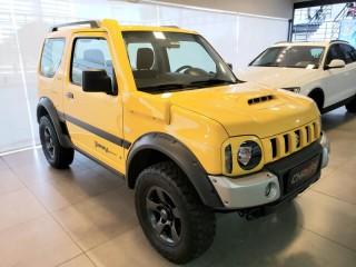 Veículo: Suzuki - Jimny -  em Ribeirão Preto