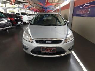 Veículo: Ford - Focus - 2.0 GHIA SEDAN 16V em Cravinhos