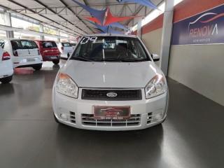 Veículo: Ford - Fiesta Hatch - 1.6 MPI CLASS SEDAN 8V em Cravinhos