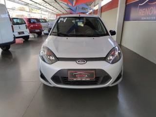 Veículo: Ford - Fiesta Hatch - 1.0 ROCAM SE 8V em Cravinhos