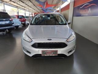 Veículo: Ford - Focus - 2.0 SE SEDAN 16V em Cravinhos