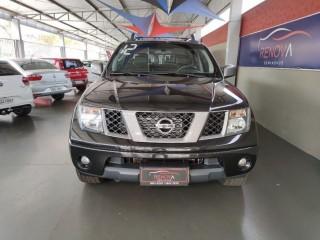 Veículo: Nissan - Frontier - 2.5 LE ATTACK 4X4 CD TURBO ELETRONIC em Cravinhos